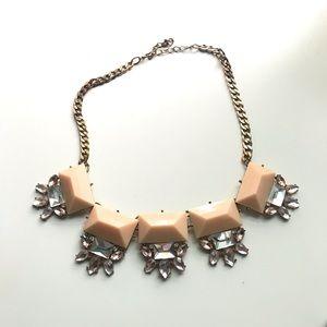 🌸Statement Necklace